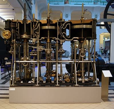 TMW 677 - Triple expansion compound steam engine.jpg