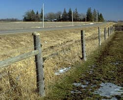 Ht-electric-fence.jpg